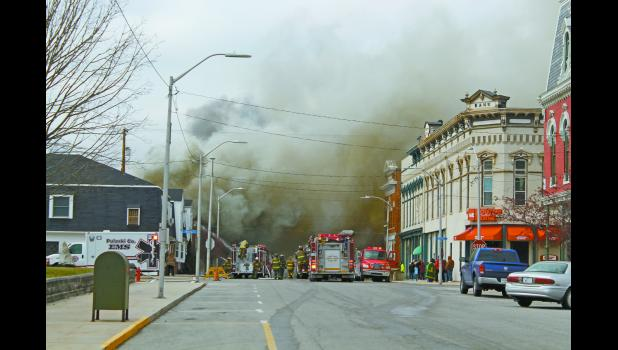 Several fire departments arrived at the scene of a downtown fire Saturday morning. Although numerous firefighters were on scene and down by the Tippecanoe River to refill, no injuries were reported.