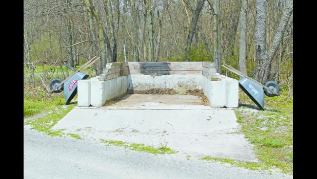 Two manure pits will be installed in the horse  day use area at the Tippecanoe River State Park.